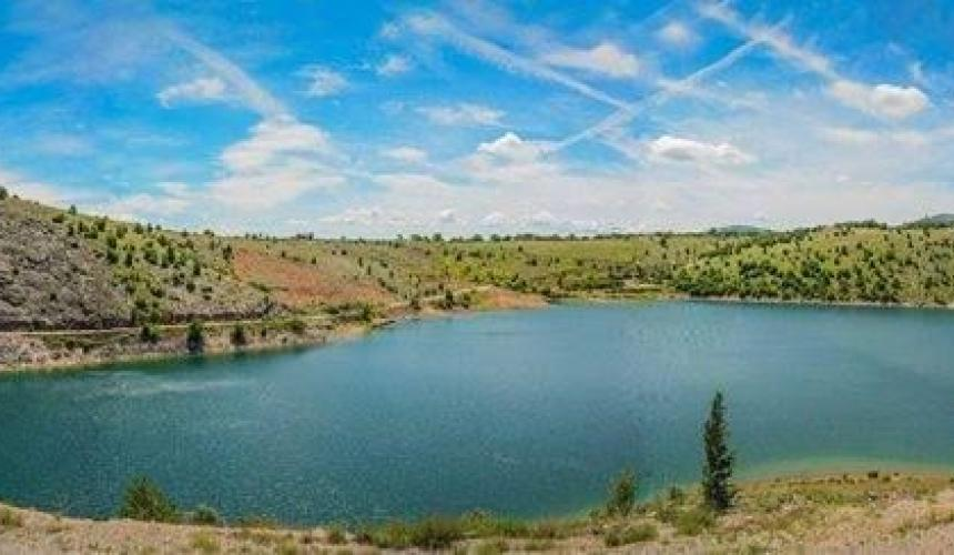 Peruća Lake, on which the thermal power plant is projected © Courtesy of the Ne daj se, Cetino! - Spasimo Peruću i Cetinu od termoelektrane! Facebook group