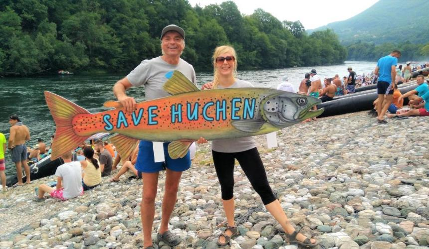 Riverwatch (Ulrich Eichelmann and Cornelia Wieser) at the Drina Regatta, protesting dam projects in the name of the threatened Huchen. © Nataša Crnković