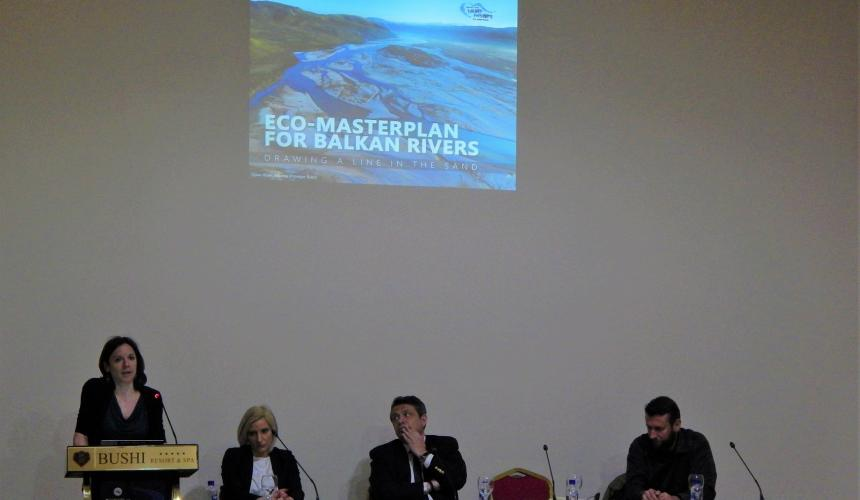 Project manager at EuroNatur foundation Theresa Schiller presents the Eco-Masterplan in North Macedonia. On the panel: Aleksandra Bujaroska, CEO Front 21/42, Jani Makraduli, Deputy Minister for Environment and physical planning and Metodija Velevski, Macedonian Ecological Society © Front 21/42