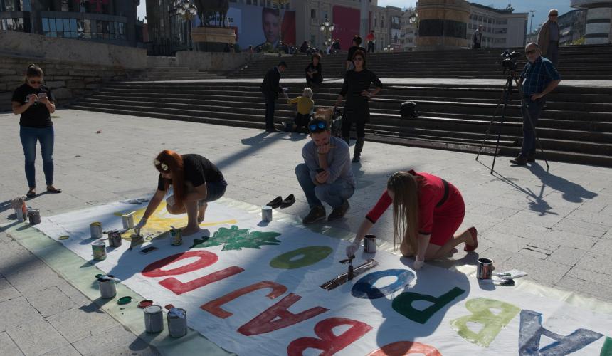 Activists at work © Eko-svest