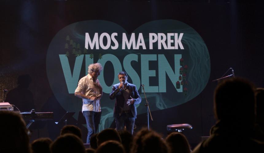 Ulrich Eichelmann, Riverwatch (links) und Olsi Nika, EcoAlbania (rechts) sprechen über die Einzigartigkeit der Vjosa © Moris Rama
