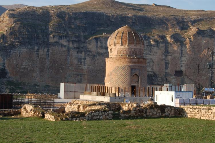 The 600 year old Zeynel Bey Tomb monument is to be relocated for the Ilisu reservoir. The monument would lose its historic and cultural significance due to the relocation. © Hasankeyf Matters