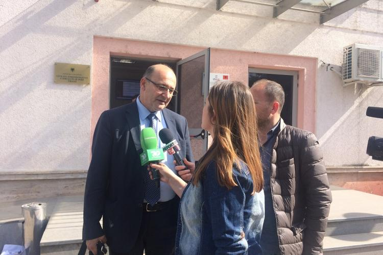 Attorney Vladimir Meçi, interviewed by Albanian media after the Court announced its decision. This was the first-ever environmental lawsuit in Albania. © Olta Hadushaj