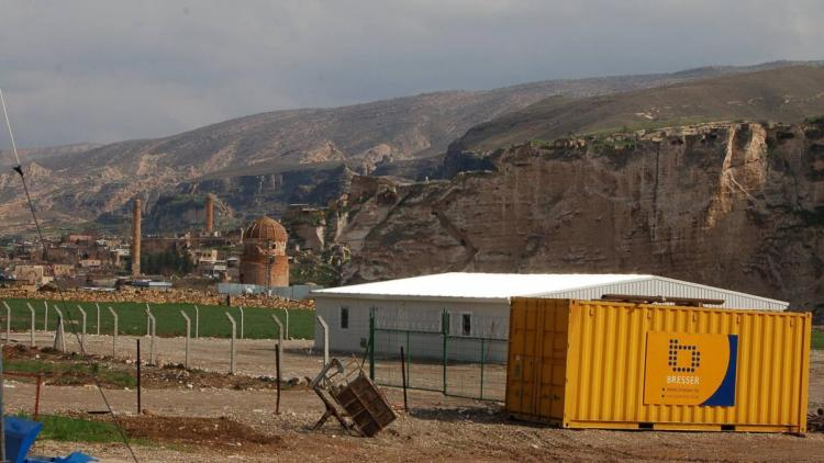 Dutch company Bresser involved in the highly contested Ilisu project. On June 28 their will be a protest in front of their headquaters! © Hasankeyf Matters