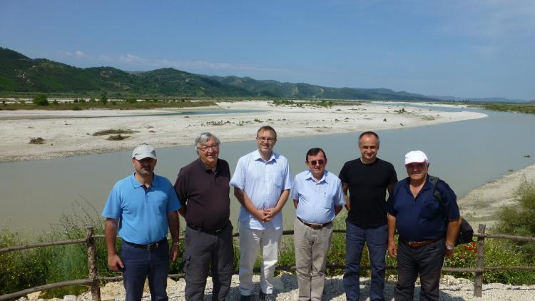 Scientists from Albania, Austria and Germany at the Vjosa. From left to right: Prof. Sajmir Beqiraj, Prof. Friedrich Schiemer, Dr. Martin Pusch, Prof. Aleko Miho, Dr. Robert Konecny, Prof. Lefter Kashta. © EuroNatur