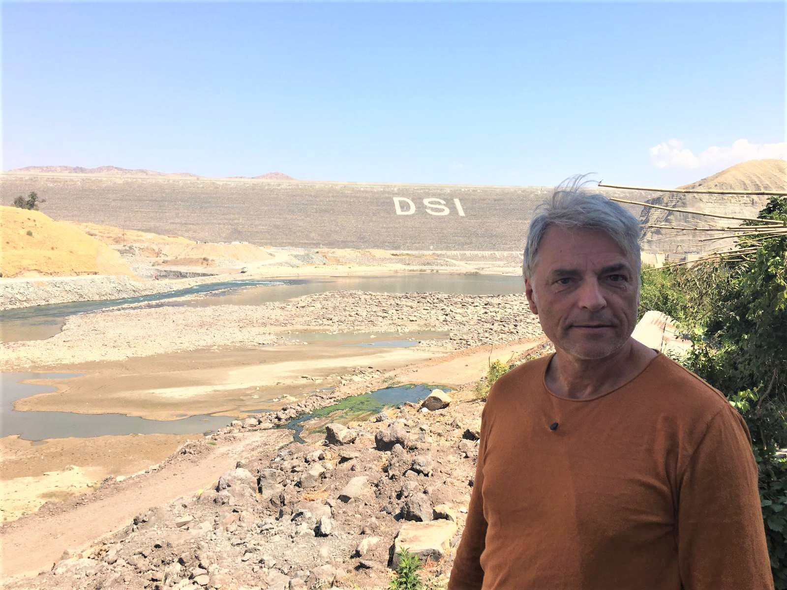 Ulrich Eichelmann says farewell to Hasankeyf, the drowning World Heritage Site. © Riverwatch