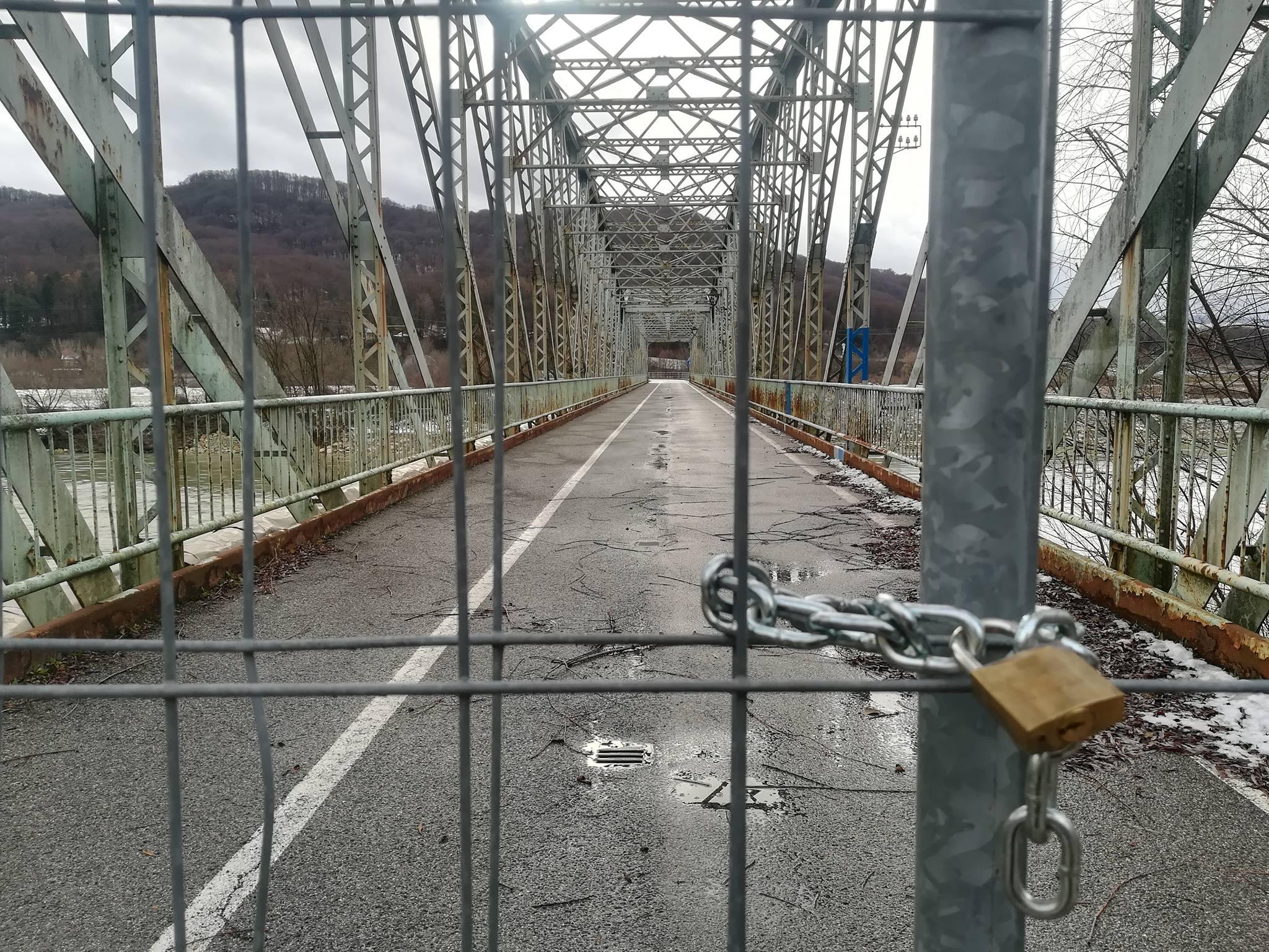 Closed Bridge over Sava near HPP Brežice © Neja Molan