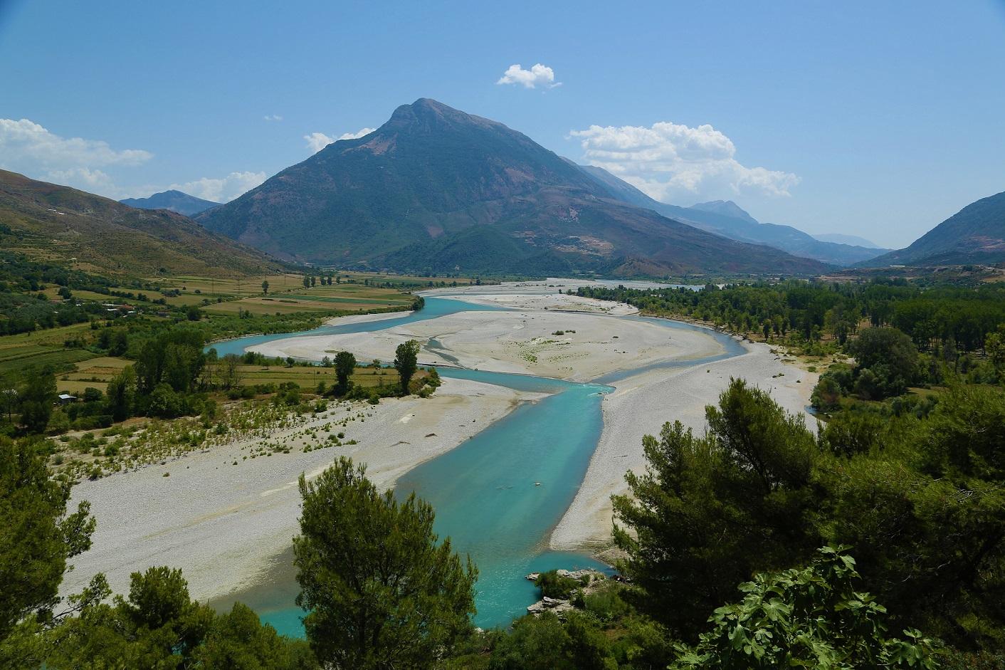 Die Vjosa. Die EU ruft zum Schutz auf, die albanische Regierung will Wasserkraftwerk errichten © Christian Baumgartner/Nationalpark Donau-Auen