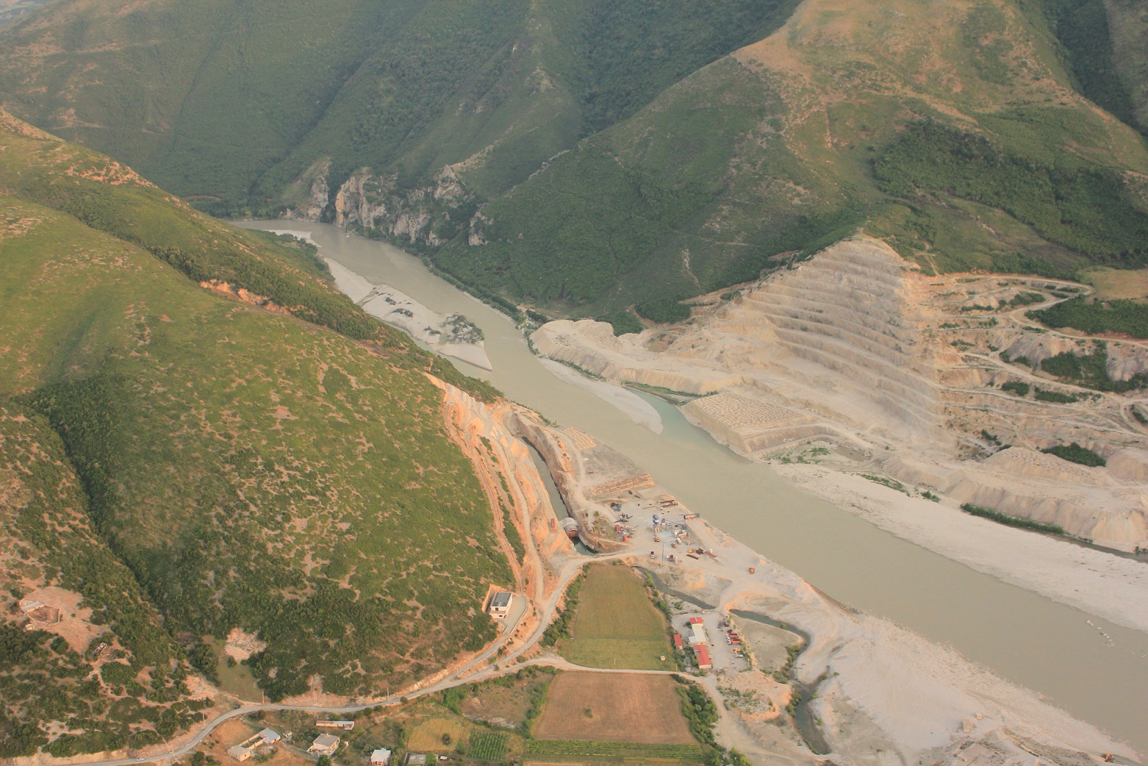 The unfinished Kalivaç dam. Now, a new concession shall revive its construction. © Roland Dorozhani
