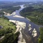 Mehr Platz für Flüsse. Vorbild Loire/Frankreich: statt Staudämme zu bauen, wurde der Loire mehr Platz gegeben.   Quelle:  www.nevers-tourisme.com