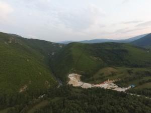 Das Medna Projekt an der Sana, von dem Energieunternehmen Kelag gebaut, zerstört bedrohtes Huchengebiet. Foto: Za vode Podgorice